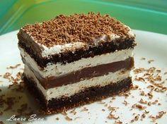 Prajitura Kinder Pingui este o minunatie de prajitura (reteta o am de la Laura Laurentiu), pe care eu am ales sa o transform in tort. Intr-un tort deosebit, facut pentru o ocazie speciala, cea a sar... Dessert Cake Recipes, Sweets Cake, Sweets Recipes, Cooking Recipes, Romanian Desserts, Russian Desserts, German Baking, Brownie Cake, Sweet Treats