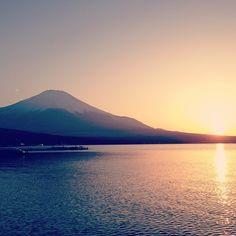 山中湖 (Lake Yamanaka-ko) in 山梨県