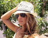 Vintage women Ivory Fedora Straw summer hat  for beach and sun, very stylish