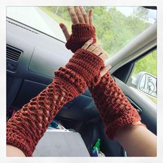 Crocheted with an H Hook and a bulky blend of wool and cashmere :) Crochet Mitts, Crochet Stitches, Dark And Twisted, Leg Warmers, Fingerless Gloves, Fiber Art, Wool, Knitting, Hats