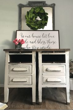 chippy white painted end tables repurposed from old desk ends Diy House Projects, Diy Furniture Projects, Repurposed Furniture, Furniture Makeover, Dresser Repurposed, Refurbishing Furniture, Cheap Furniture, Painted End Tables, Painted Chairs
