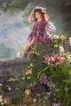 Children and Babies Lisa Jane Fairy Pictures, Angel Pictures, Baby Fairy, Love Fairy, Fairy Costume Kids, Cute Girl Image, Fairy Photography, Fairies Photos, Vintage Fairies