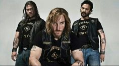 ~Luke, Callan Mulvey, & Damian Walshe-Howling (Bikie Wars: Brothers in Arms)~ Callan Mulvey, Mc Ride, Luke Hemsworth, Brothers In Arms, Australian Actors, My Passion, Cool Girl, Tv Shows, Graphic Sweatshirt