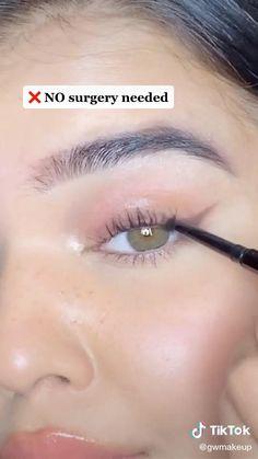 Makeup Tutorial Eyeliner, Makeup Looks Tutorial, Contour Makeup, Skin Makeup, Eyeshadow Makeup, Eye Makeup Steps, Makeup Eye Looks, Makeup Tips, Maquillage On Fleek