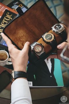 Watches are the perfect accessory for men & women & their popularity isn't going away anytime soon. This watch holder is a great way to preserve them.