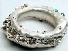 Camille Grenon, Montreal: Bracelet de la collection 'À Marée Basse'  / Sterling silver and fine stones