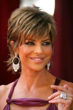 Lisa Rinna photos, including p Short Shag Hairstyles, Short Layered Haircuts, Short Haircut, Short Hair With Layers, Short Hair Cuts For Women, Funky Short Hair, Lisa Rinna Haircut, Medium Hair Styles, Curly Hair Styles
