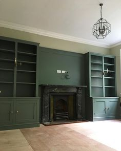 Interior paint colors, farrow ball, farrow and ball paint, living room manc Decor, Decorating Your Home, Tv Decor, Living Room Green, Farrow And Ball Living Room, Redecorate Living Room, Home Decor, Country House Decor, Living Room Bookcase