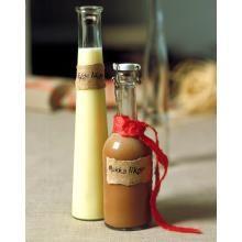 Mokkalikør   TINE.no Homemade Liquor, Hot Sauce Bottles, Food And Drink, Drinks, Lag, Christmas, Gifts, Recipes, Schnapps