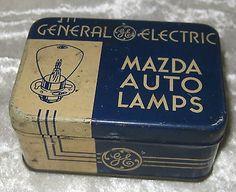 Vintage-General-Electric-GE-Mazda-Auto-Head-Lamps-Tin-w-2x-32-21C-Bulbs