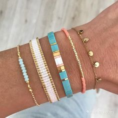 I needed showing you how to make a bracelet with natural stone and leather thread with video. Loom Bracelet Patterns, Bead Loom Bracelets, Woven Bracelets, Jewelry Bracelets, Cute Jewelry, Jewelry Crafts, Beaded Jewelry, Jewelry Accessories, Handmade Jewelry