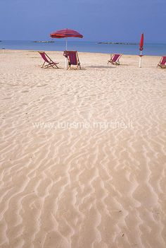 "Velvet beach, Senigallia - Marche, Italy. Known for its fine sand that earned it the name of ""spiaggia di velluto"""