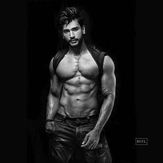 Rohit Khandelwal - Rank #7 Claim to fame: This Provogue Personal Care Mr India World 2015 who is a new entrant on this list, got his first TV break with Yeh Hai Aashiqui. He will represent India at the Mr World pageant in 2016. Relationship Status: Single Desirability Quotient: His dashing good looks make him droolworthy