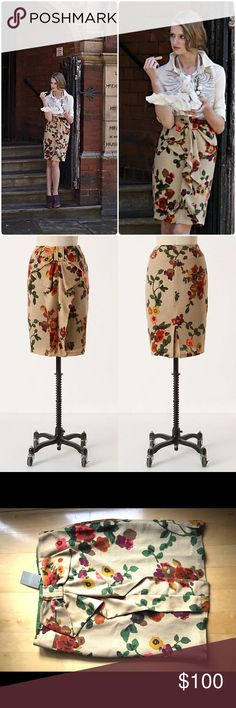 Anthropologie Lincolnshire Skirt by Eva Franco NWT Rare Beautiful elegant skirt by Eva Franco 😍 The warm taupe color of the skirt combined with the rich florals make this skirt a true fall piece.😍cheerful blooms and a well to do ruffle are reminiscent of evening garden strolls in the north of England. back zip. wool, acrylic; polyester lining. 24 inches long. Size 10. Don't want to sell😞too big for me Anthropologie Skirts