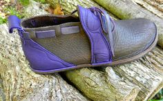 https://www.etsy.com/listing/109392342/handmade-leather-shoes-purple-deer-on?ref=related-2