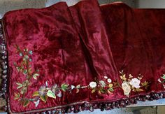 Etsy のVelvet Embroidery Curtain Valance Antique Art Nouveau Victorian Handmade Tapestry/550(ショップ名:GliciniaANTIC)
