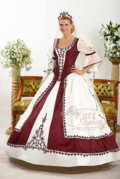 Kollekció - Kati Szalon Collection of gorgeous! Special Dresses, Formal Dresses, 18th Century Dress, Traditional Fashion, Festival Outfits, Wedding Styles, Wedding Gowns, Ball Gowns, Bride