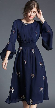 Fashion O-Neck Flare Ärmel Stickerei Skater Kleid Bárbara Tamblay Reyes Sommer Kleider Trendy Dresses, Cute Dresses, Beautiful Dresses, Casual Dresses, Modest Dresses, Floral Dresses, Maxi Dresses, Beautiful Frocks, Casual Frocks