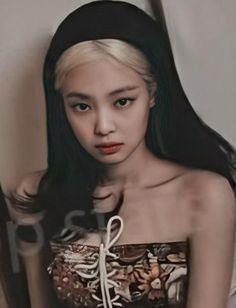 Blackpink Jennie, Kpop Girl Groups, Kpop Girls, Blank Pink, Blackpink Members, Luxury Girl, Blackpink Photos, Blackpink And Bts, Blackpink Fashion