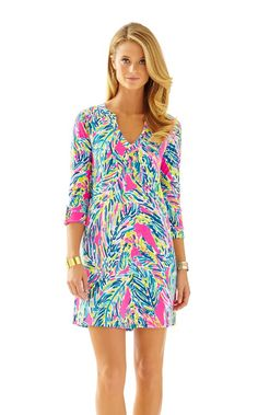 Rossmore V-Neck T-Shirt Dress - Lilly Pulitzer Multi Palm Reader - but maybe in darker colors since fall is right around the corner. Prep Style, My Style, Lilly Pulitzer, V Neck T Shirt, Shirt Dress, Resort Dresses, Daytime Dresses, Dress To Impress, Fashion Outfits