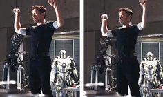 Tony Stark (bailando la edición de villancico navideño) | 31 personas perfectas con las que quisiste tener una cita en 2013