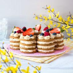Keksikakku Irish Cream, Light Photography, Waffles, Baking, Breakfast, Desserts, Cakes, Recipes, Countries