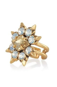 For a lavish accent that truly transforms your ensemble, try our Eva Cocktail Ring. Round out your collection with statement rings from us at Stella & Dot.