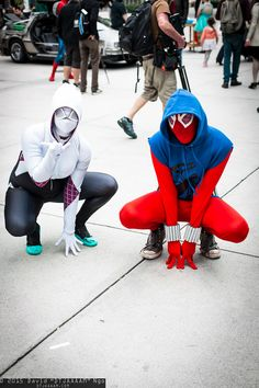 Spider-Woman (Gwen Stacy) and Scarlet Spider (Ben Reilly)