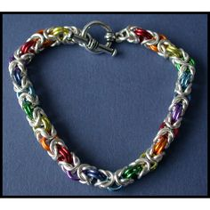 Diane Miller Designs - Chain Maille kits, Chain Maille jewelry, lampwork art glass beads, silver and Swarovski crystal creations. Beautiful Earrings, Beautiful Necklaces, Infinity Pendant, Tarnished Silver, Chainmaille Bracelet, Pure Copper, Byzantine, Diana, Swarovski Crystals