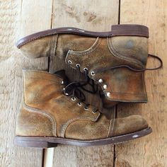 Ayakkabı Red Wing Heritage Boots, Red Wing Boots, Denim Boots, Jeans And Boots, Iron Rangers, Red Wing Iron Ranger, Men's Shoes, Shoe Boots, Mens Boots Fashion