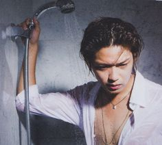 This is my favorite Takaki picture from Myojo October 2012