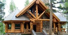 Beautiful Mountain Log Cabin With Lovely Interior