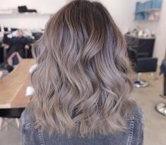 Long Wavy Ash-Brown Balayage - 20 Light Brown Hair Color Ideas for Your New Look - The Trending Hairstyle Ash Brown Hair Color, Brown Hair With Blonde Highlights, Brown Ombre Hair, Brown Hair Shades, Light Brown Hair, Hair Highlights, Ash Hair Colors, Medium Ash Blonde Hair, Ashy Brown Hair
