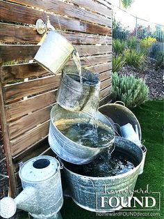 Galvanized buckets water fountain by Homeward Found, featured on DIY Salvaged Junk Projects 516 on Funky Junk Interiors. Diy Water Fountain, Diy Garden Fountains, Outdoor Water Fountains, Homemade Water Fountains, Patio Fountain, Fountain Ideas, Funky Junk Interiors, Backyard Projects, Garden Projects