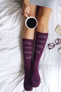 Curl up this winter with a pair of cozy socks & coffee, à la Monocle Muse | Banana Republic
