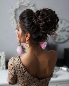 Wedding Hairstyles : Tonya Pushkareva Long Wedding Hairstyle for Bridal via tonyastylist / www.himis lange frisuren 2019 Wedding Hairstyles : Tonya Pushkareva Long Wedding Hairstyle for Bridal via tonyastylist / www. Wedding Hairstyles For Long Hair, Wedding Hair And Makeup, Formal Hairstyles, Bride Hairstyles, Down Hairstyles, Bridal Hair, Hairstyle Ideas, Hair Wedding, Curled Updo Hairstyles