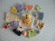 Miniatur Kleid + Mütze, Windel für OOAK Baby -Handmade miniature clothes suit OOAK baby dolls 4,5 - 5,5 cm  by mam-m-mi