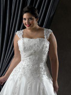 Splendid A-line Square Sleeveless Floor-length Chapel Appliques Plus Size  Wedding Dresses e9febfb4b479