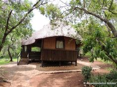 Thalu Bush Camp chalet is an adventure! With no secure front door and set 50m from the car park - arrive before dark!