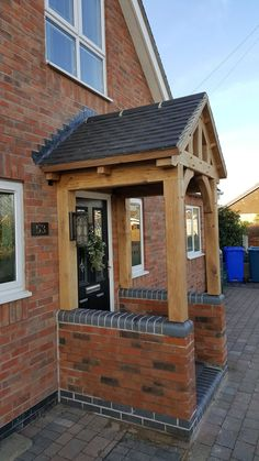 Oak Frame Yorkshire - Oak By Design are dedicated to creating a customer experience and exceeding your expectations. Specialists in Oak Framed Buildings Porch Uk, House Front Porch, Cottage Porch, Front Porch Design, Porch Roof, Side Porch, Porch Over Door, Porch Designs Uk, Brick Porch