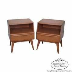 Heywood Wakefield Champagne Mid Century Modern Maple Pair of Nightstands (B) #MidCenturyModern
