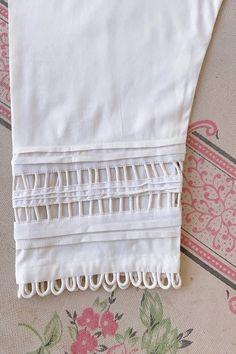 Churidar Neck Designs, Kurta Neck Design, Salwar Designs, Kurta Designs Women, Sleeves Designs For Dresses, Dress Neck Designs, Stylish Dress Designs, Sleeve Designs, Girls Dresses Sewing