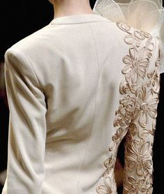 galliano-love the ribbon embellishments