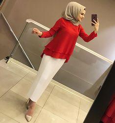 What to wear with the hijab? Hijab Dress Party, Hijab Style Dress, Abaya Style, Hijab Outfit, Modern Hijab Fashion, Muslim Fashion, Modest Fashion, Abaya Fashion, Fashion Dresses