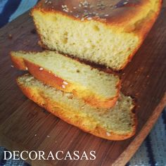 Receita de pão de leite delicioso que pode ser consumido durante a dieta Dukan. Feito em forma de bolo inglês, tem preparo rápido. Para lista de ingredientes e modo de fazer, clique na imagem e confira o texto de Flávia Ferrari para o DECORACASAS.