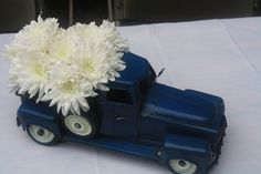 Vintage Car & Truck themed party; Super cute centerpieces & food ideas!