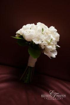 All white bouquet - Elizabeth Thompson Photography