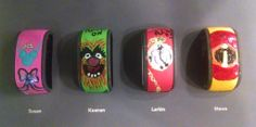 Has anyone decorated their Magic Bands? Please show us the pictures! Disney Magic Bands, Disney Planning, Show Us, Disney Parks, Crystals, Dream Vacations, Pictures, Crafts, Image
