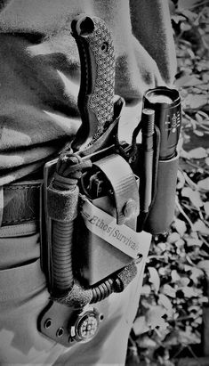 Tactical Pouches, Tactical Knives, Tactical Gear, Survival Tools, Survival Prepping, Edc Tools, Survival Quotes, Camping Survival, Camping Hacks