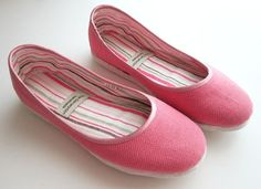 Eco-chic Handmade Vegan Ballet Flat in Pink by The Generation on Etsy. Organic cotton canvas. The soles are stitched from more than 25 layers of sustainable fabrics and hemp threads - flexible and durable, great for walking. No chemical glue. $55